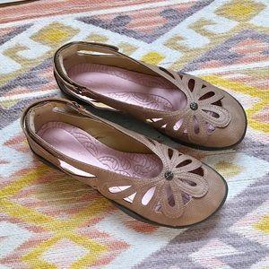 JBU by Jambu • Wildflower Leather Flats
